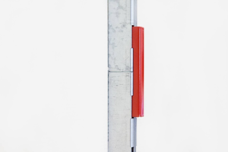 Соединитель вертикальных направляющих системы Алюстил